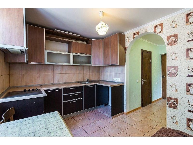 Продажа квартиры абхазская улица